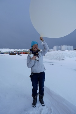Bryony releases the weather balloon
